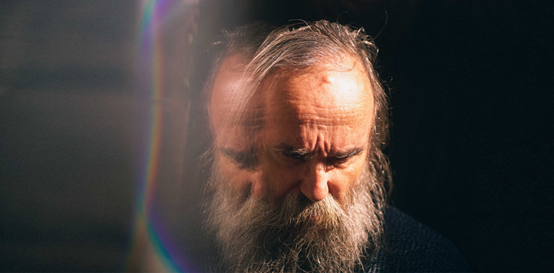 Read more about the article Lubomyr Melnyk: με λίγο φως στην τσέπη.